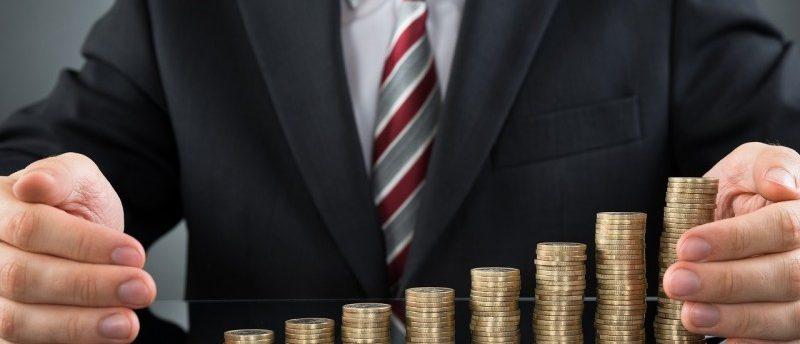 クレジットカードのポイントを効率よく貯める方法は?